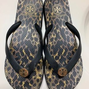 Tory Burch thin flip flop!
